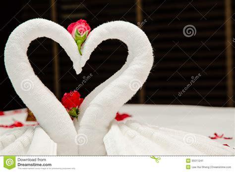 swan towel origami swan towel origami stock image image 35011241