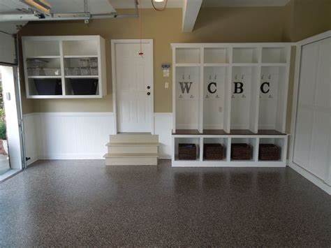 Garage Cubbies by 17 Best Ideas About Garage Lockers On Cubbies