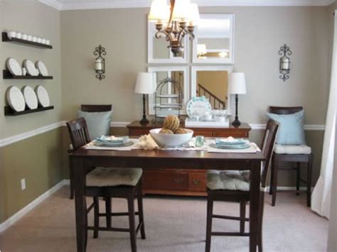 dining room chair rail two tone dining room w chair rail homespace pinterest