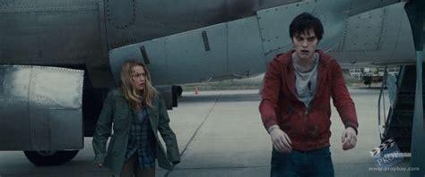 film love zombie warm bodies julie teresa palmer hero costume wardrobe