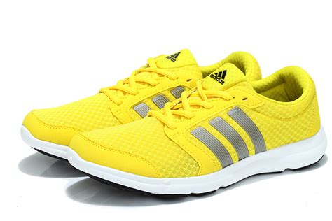yellow running shoes song yellow running shoes song 28 images adidas 清風慢跑鞋 黃白 男生