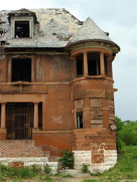 old abandoned houses umanbn 77 best abandoned places images on pinterest abandoned