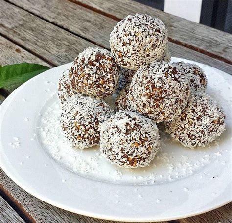 kulki mocy daktyle anna lewandowska słodkości na diecie czy to możliwe zdrowe zamienniki