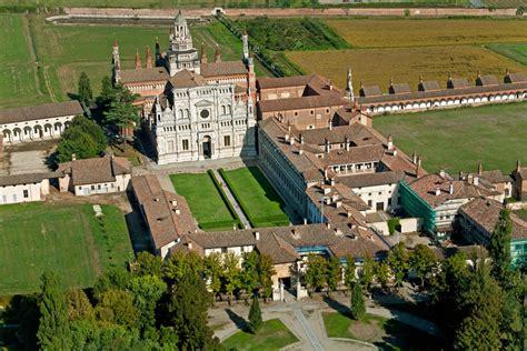 monastero pavia certosa di pavia foto aeree flavio chiesa servizi