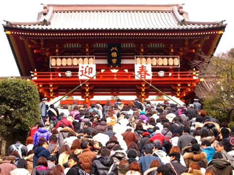 travel japan during new year hatsumode the shrine visit of the new year japan info