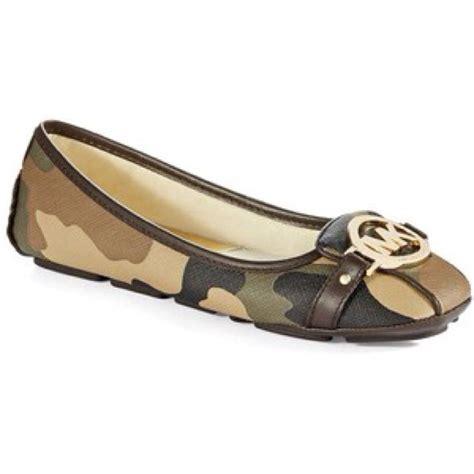 camo flats shoes 34 michael kors shoes michael kors camo flats from