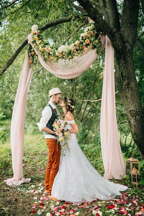 Wedding Arch Drapes by Diy Ideas Of Outdoor Garden Wedding Arch Weddceremony