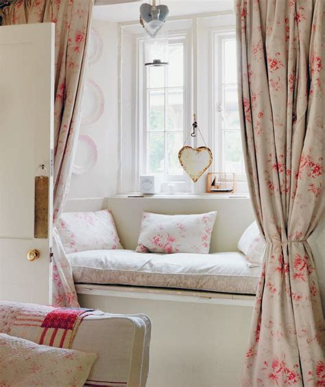 window seat fabric 25 best ideas about window seat curtains on