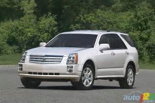 Cadillac Srx 2004 List Of Car And Truck Pictures And Auto123