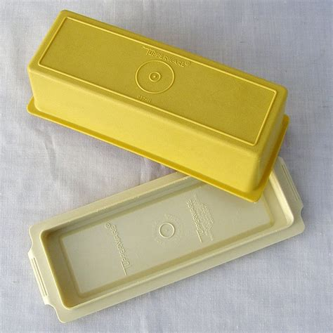 Tupperware Yellow Choco Pop tupperware vintage en ole miss ticket office