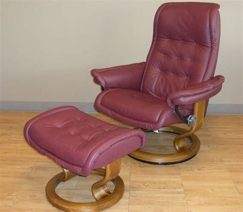 stressless leather chair and ottoman ekornes stressless royal recliner chair lounger ekornes