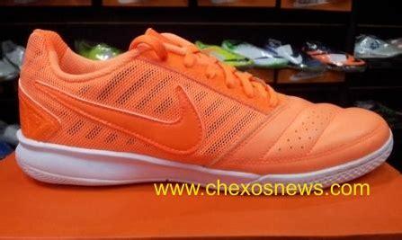 Sepatu Futsal Nike Gato Orange review barang endahkomputa12