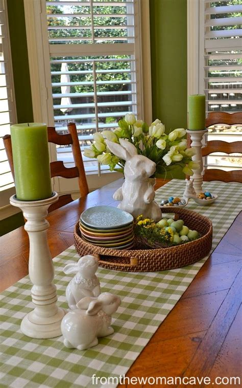 Dining Room Table Centerpieces For Easter 17 Best Ideas About Easter Table On Easter