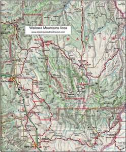 blue mountains oregon map day hikes in the wallowa mountains
