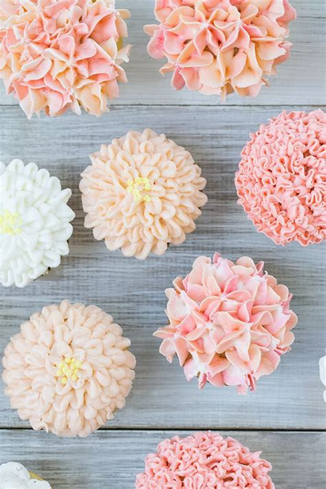 flower decorating tips best 25 flower cupcakes ideas on pinterest pretty