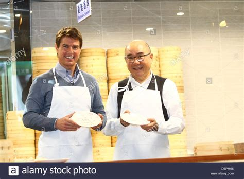 how to steam buns tom cruise learned how to make small steamed buns with chef in din stock photo