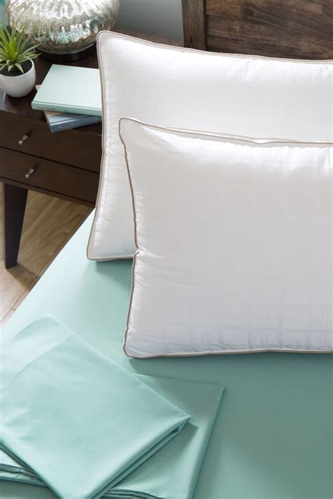 How To Freshen Pillows - how to freshen bed pillows for a s rest