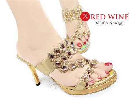 Sandal Wanita 2 Kilap 1 pin by sepatu wanita on sepatu sandal heel flat wedges boots redwine