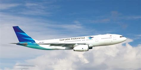 sejarah penerbangan indonesia air plane garuda indonesia launches new london service top