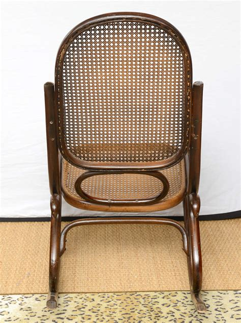 Thonet Vintage Chairs by Vintage Thonet Bentwood Rocking Chair At 1stdibs
