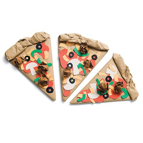 How To Make Paper Pizza - catch us crafting at coachella valley italian festival