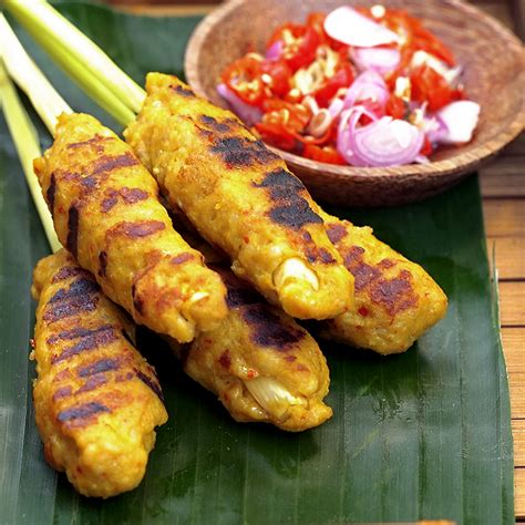 mengenal  kuliner tradisional khas bali  terkenal