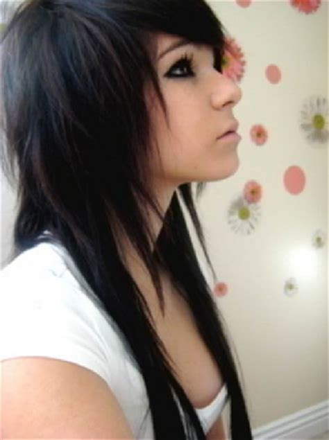 Emo Hairstyles And Their Names | short hair style of 2012 beauty haircuts for emo girls