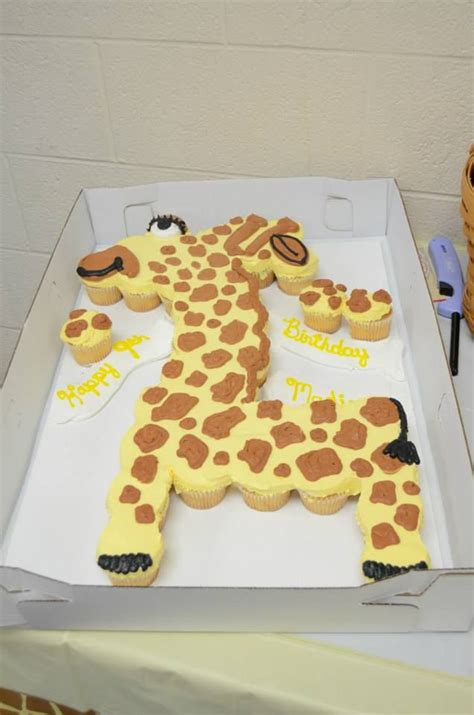 giraffe cake template giraffe cupcake cake kid s