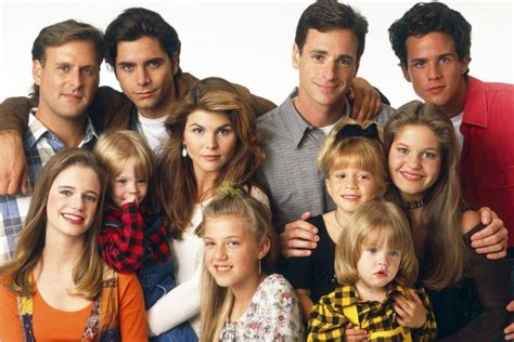 full house original cast fuller house ripped apart by critics will fans of full house still tune in
