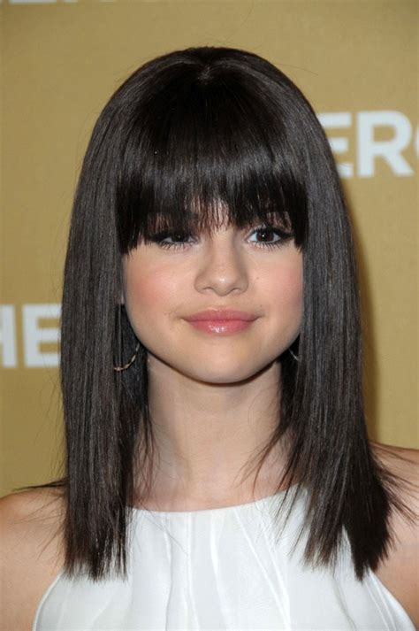 hair cut with a defined point in the back selena gomez hairstyles 20 best hair ideas for thick hair