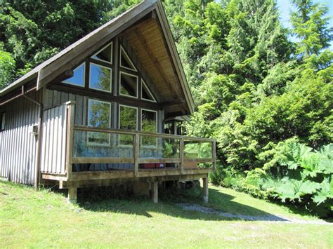 Ucluelet Accommodation Cabins by Point West Cottages In Ucluelet