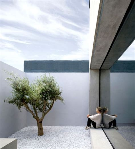 zen spaces 25 best ideas about minimalist garden on pinterest