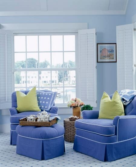 blue livingroom decorating a blue room