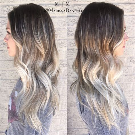 17 best ideas about blonde hair roots on pinterest 25 best ideas about ash blonde balayage sur pinterest