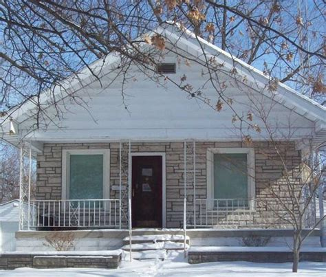 houses for sale in springfield il 2248 s 10th st springfield il 62703 detailed property info reo properties and bank