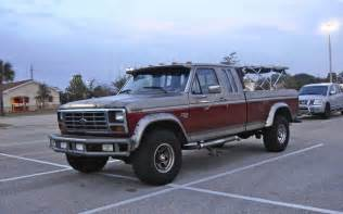 the peep 1984 ford f250 xlt lariat 4x4