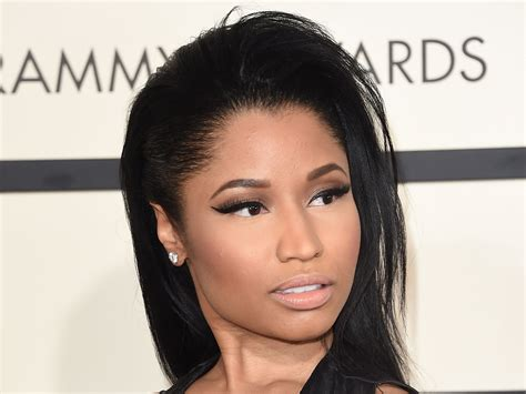 nicki minaj photos nicki minaj denies dragging donald s melania