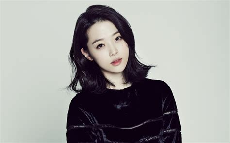 f x sulli hairstyle updated with sm response sulli reported to have