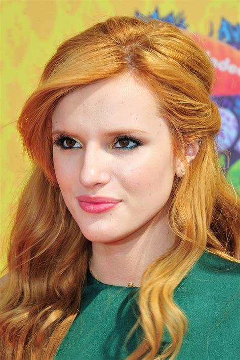 hairstyles accenting the eyes bella thorne s best hair makeup and beauty looks