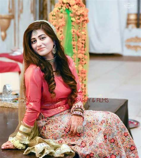 Dress Muslim Anum 499 best images about mayoun mehndi dress on mehndi dress brides and indian weddings