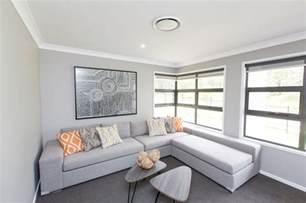 light walls ceiling medium grey carpet light grey walls white skirts