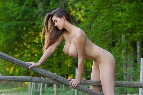 Wallpaper Brunette Nude Tits Busty Karoline Two Good Reasons Outdoor Big Boobs Nipple