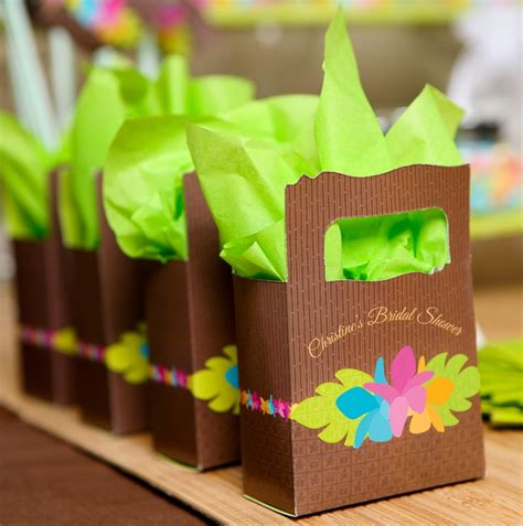 hawaiian wedding shower favors 1000 ideas about luau favors on hawaiian