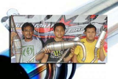 Plat Pelat Gantungan Buat Knalpot Racing informasi kebutuhan otomotif bengkel knalpot motor