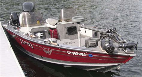 tracker boats for sale ct 2006 lund pro v 1900 le free classifieds buy sell