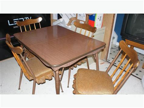 1960s authentic kitchen table chairs 4 north west calgary