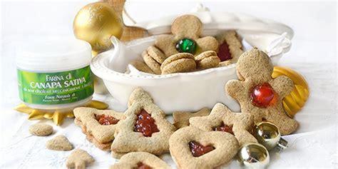canapé promo biscotti occhi di bue natalizi alla canapa