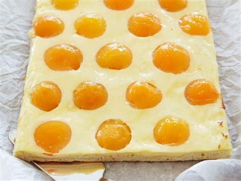 pfirsich quark kuchen blech pfirsich schmand kuchen rezept eat smarter