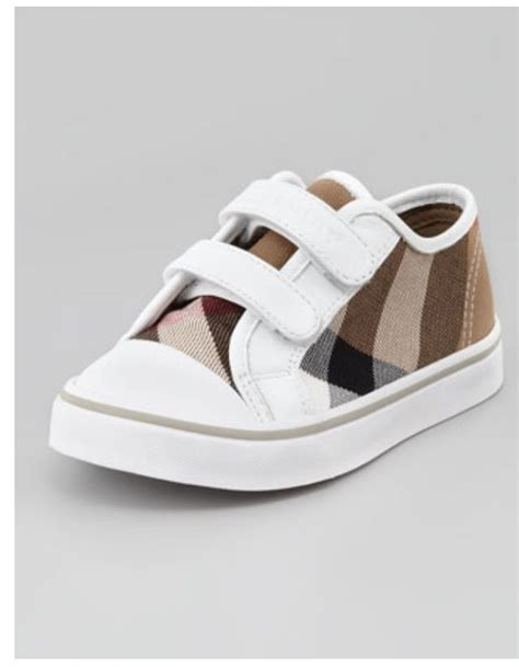burberry shoes for baby burberry baby boy shoes need this cool baby stuff