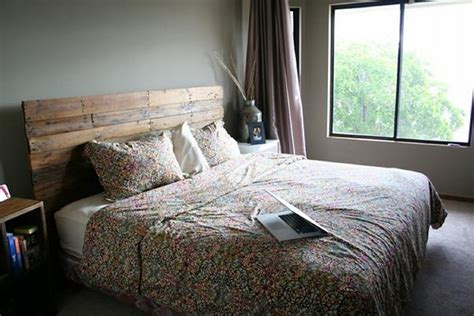 ideas for making a headboard cozy pallet headboard ideas pallet ideas recycled